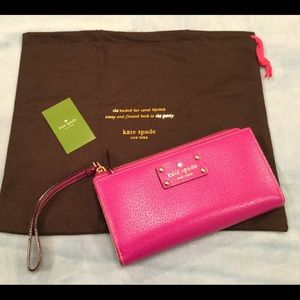 Kate Spade pink wallet, Layton Wellesley, NWT Mint